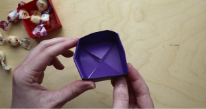 Video: How to Make An Origami Box